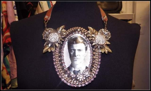 Collar Miss Bijoux Bowie. Fotografía: Adriana Alcol