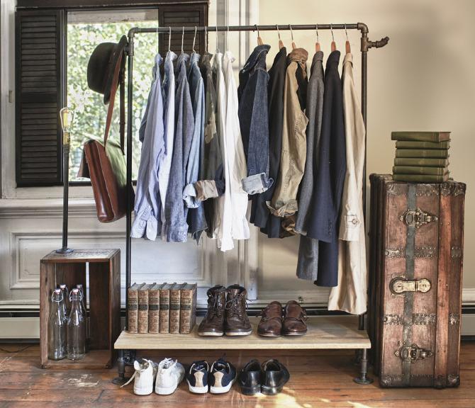 Fotografía: http://www.vintageandchicblog.com/2013/03/ideas-diferentes-para-colgar-tu-ropa.html