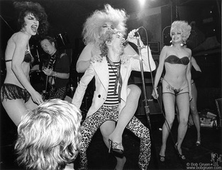 Dead Boys with Divine and friends on Stage at CBGB's, NYC. May 1978. © Bob Gruen / www.bobgruen.com Please contact Bob Gruen's studio to purchase a print or license this photo. email: info@bobgruen.com Image #: R-455