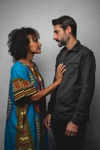 """""""Yo decido"""", Claudia Coelho (actriz) y Víctor Boira (Autor y director)"""